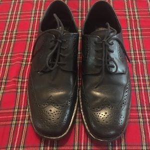 MEPHISTO - GOOD YEAR WELT BLACK LEATHER WING TIP